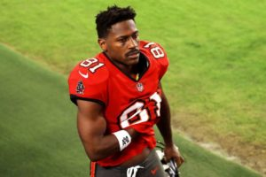 Next scandal about Antonio Brown! Tampa Bay Buccaneers knew about incident